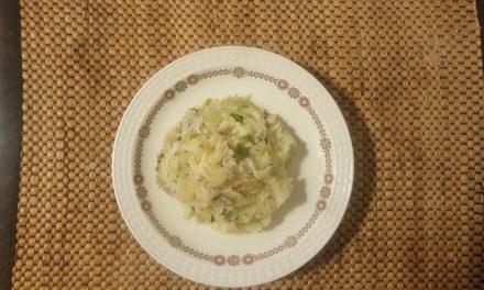 Λάχανο με πράσα και ρύζι
