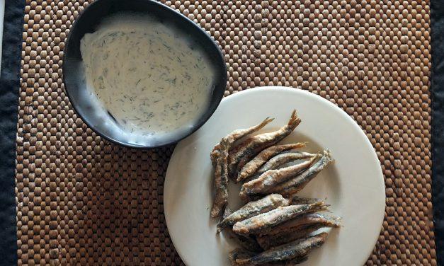 Ντιπ γιαουρτιού με μουστάρδα για τηγανητά ψάρια