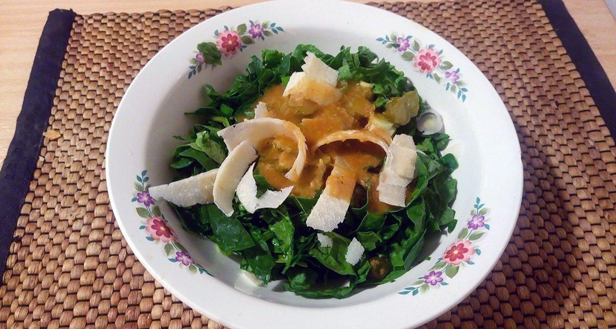 Σαλάτα σπανάκι με παρμεζάνα